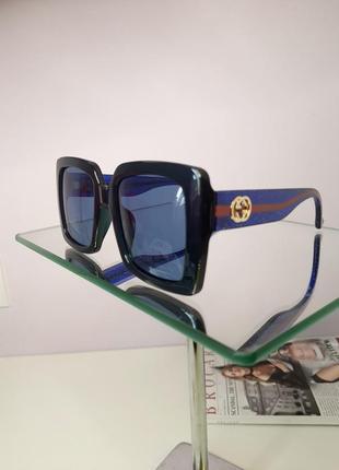 Очки солнцезащитные с оригинальными дужками