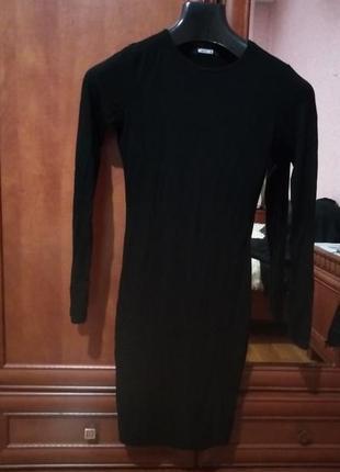 Новое легкое черное платье по фигуре с длинным рукавом от missguided