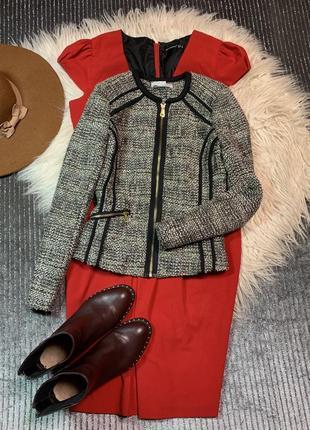 Стильный пиджак размер s