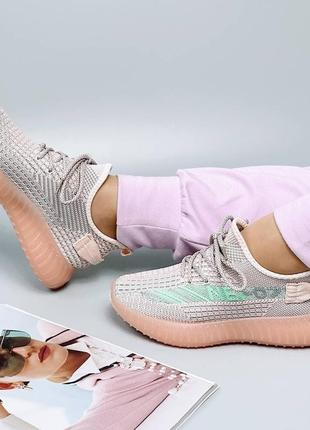 Женские кроссовки в сетку3 фото