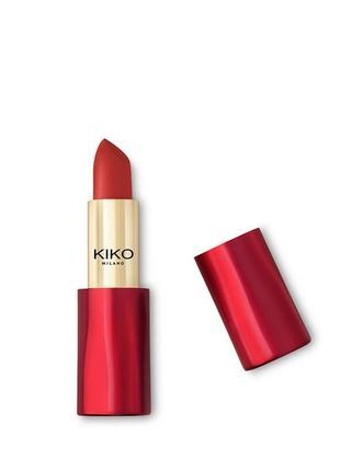 Ультраматовая помада magical holiday matte lipstick kiko milano 05