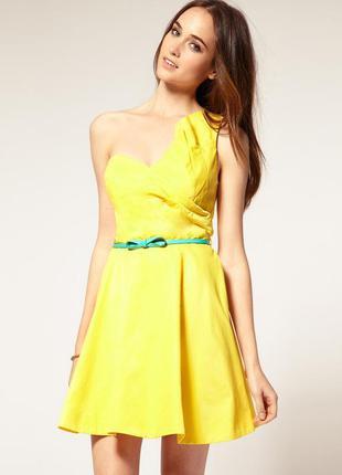 Акция 1+1=3! -платье вечернее лимонное желтое с кострастным пояском river island