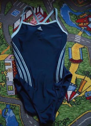 Спортивный фирменный купальник