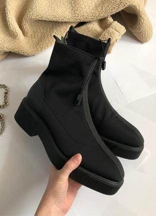 Новые обалденные эластичные ботинки чулки (челси)
