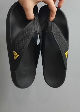 Оригинальные шлепки/вьетнамки adidas