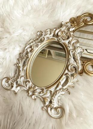Винтажное настольное зеркало для макияжа