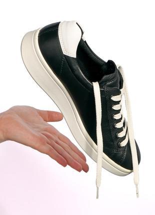 Кроссовки ecco , удобные , лёгкие . оригинал .