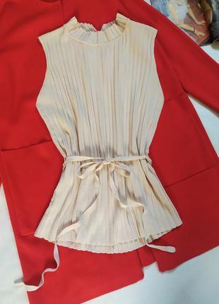 Базовая пудровая блуза,топ,безрукавка от mango !