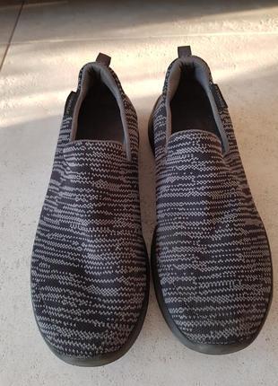 Спортивная обувь.go walk.
