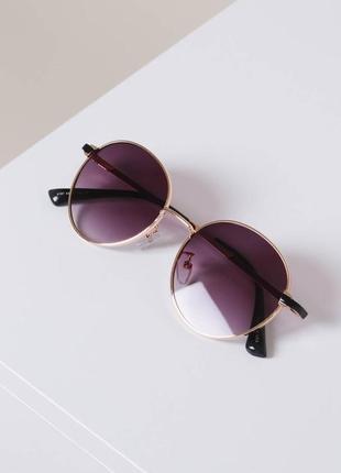 Солнцезащитные очки тонкая оправа фиолетовые стекло