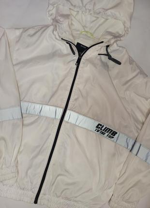 Ветровка, куртка от bershka5 фото