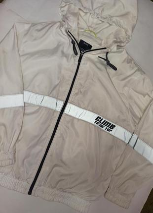 Ветровка, куртка от bershka2 фото