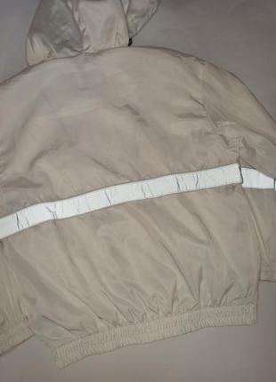 Ветровка, куртка от bershka3 фото