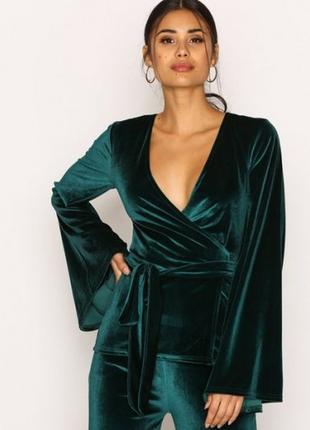 Шикарная бархатная блуза на запах изумрудного цвета от nly trend