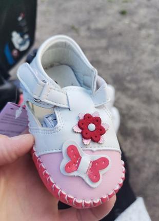 Кожаные пинетки ботинки для девочки на липучке шкіряні пінетки хлопчику