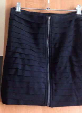 Короткая юбка jennyfer