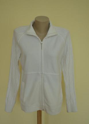 Мягенькая белая кофта ажурный рукав