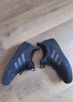 Оригинальные кроссовки фирменные