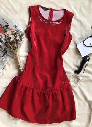 Брендовое шикарное платье guess, красное платье