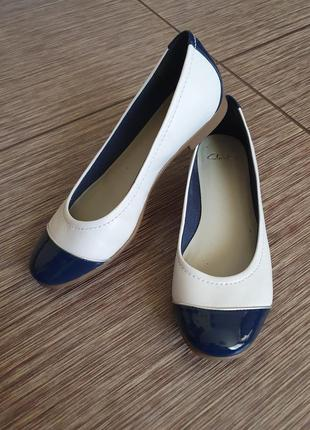 Кожаные балетки, туфли clarks , оригинал