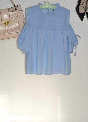 Трендовая блуза с открытыми плечами xl-xxl