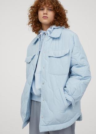 Модная весенняя стеганая куртка рубашка небесно голубого цвета