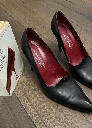 Роскошные винтажные туфли на каблуке