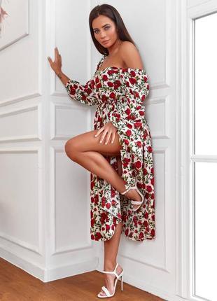Платье в цветами