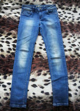Красивые новые джинсы stradivarius skinny