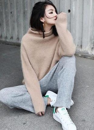 Шерстяной свитер с высоким воротом m/l