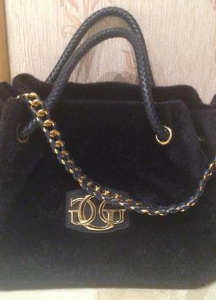 🙀бесплатная доставка!! шикарная объемная сумка guess из иск. меха