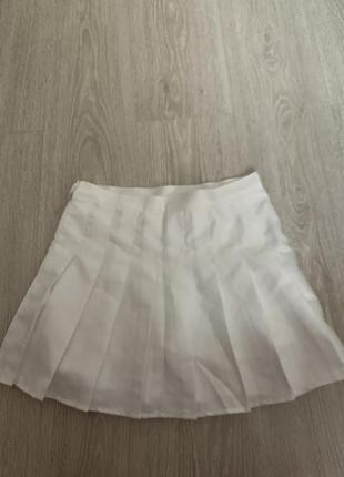 Біла тенісна спідниця2 фото