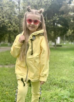 Костюм детский желтый4 фото