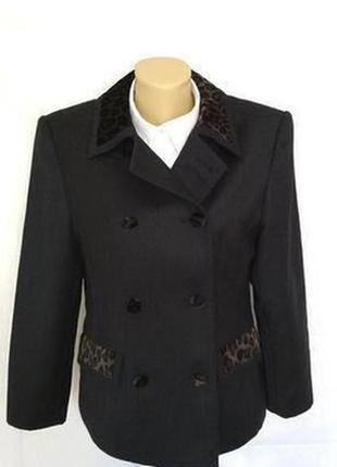 Vittoria verani итальянский брендовый стильный пиджак жакет из натуральной шерсти,р.42
