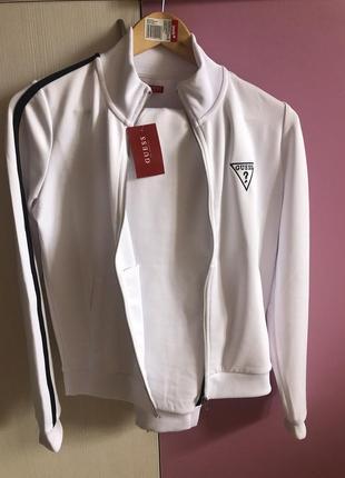 Женский белый спортивный костюм guess гесс