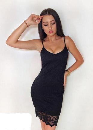 Платье черное базовое кружевное гипюровое boohoo сукня чорна плаття