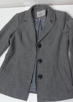 Молодёжное пальто серое. германия. разм 40-42