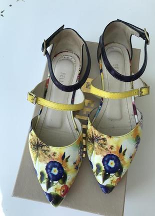 Fellini размер 37 кожаные туфли яркие