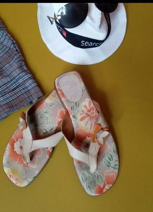 Кожаные вьетнамки сандали шлепки сланцы gabor