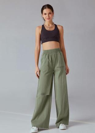 Широкие трикотажные брюки  с эластичной талией