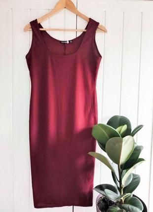 Классное платье майка винного цвета от boohoo, размер l