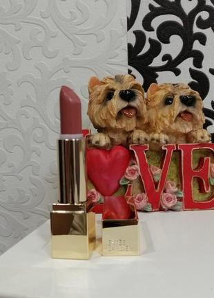 Помада estee lauder pure color envy matte sculpting lipstick