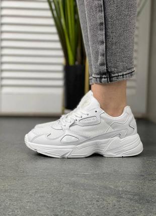 Женские кроссовки adidas falcon white / жіночі кросівки білі