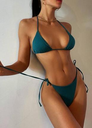 Раздельный купальник на завязках. бикини