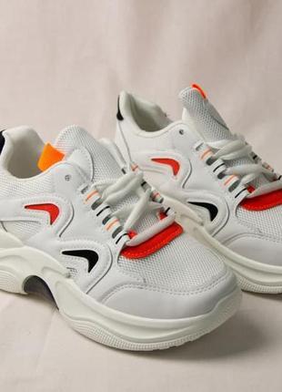 Женские кроссовки весенние белые с оранжевым, кроссовки весенние сеточка
