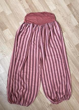Натуральные легкие брюки гаремки 52-54р