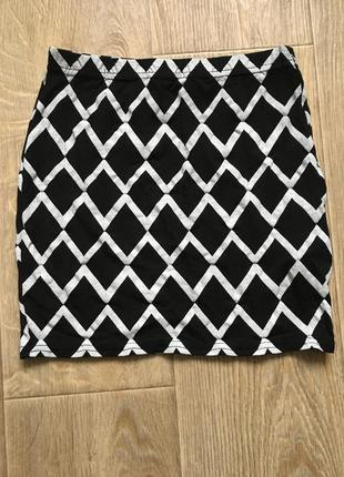 Мини юбка от boohoo идеал тянется красивый принт