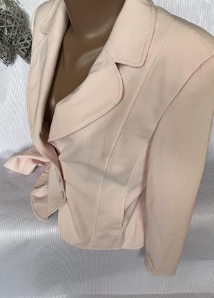 Нежный стильный пиджак3 фото
