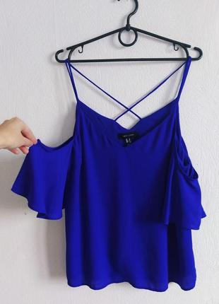 Красивaя шифоновая блуза с интересной спинкой