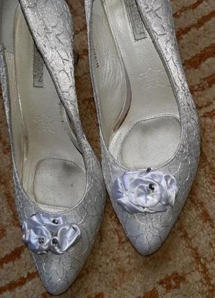 Туфли лодочки свадебные тканевые на свадьбу свадебные белые
